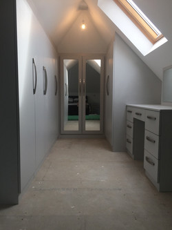 BESPOKE ANGLED ROOMS