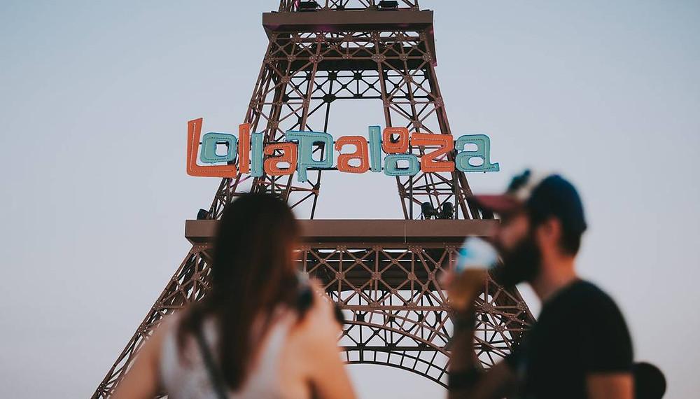 photo tour Eiffel Lollapalooza Festival Paris hippodrome longchamps