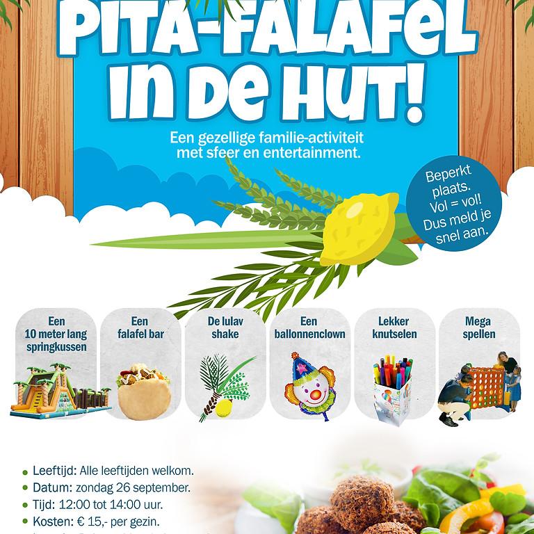 Pita-falafel in de soeka-hut!