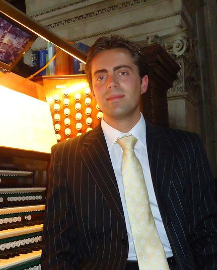 Michael Wynne Organist Pianist Choral Conductor Teacher