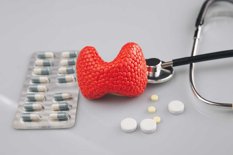 thyroid-treatment-picture-concept.jpg