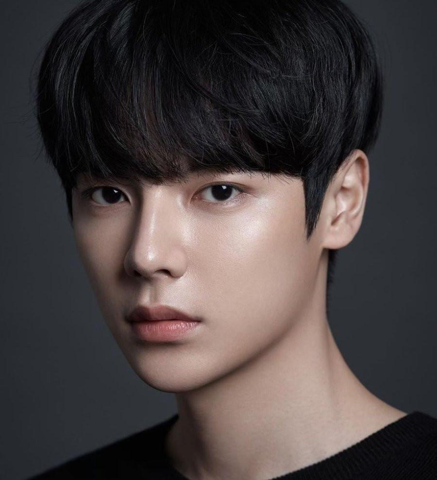 Lee SaeOn