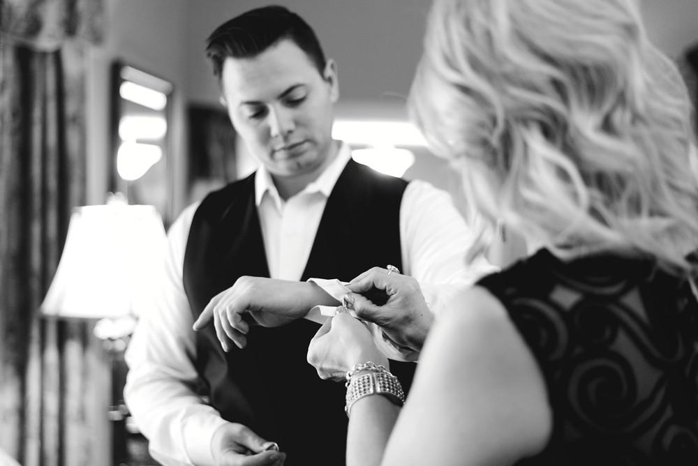Courtney+Andrew_Wedding_2015_LVP-3.jpg