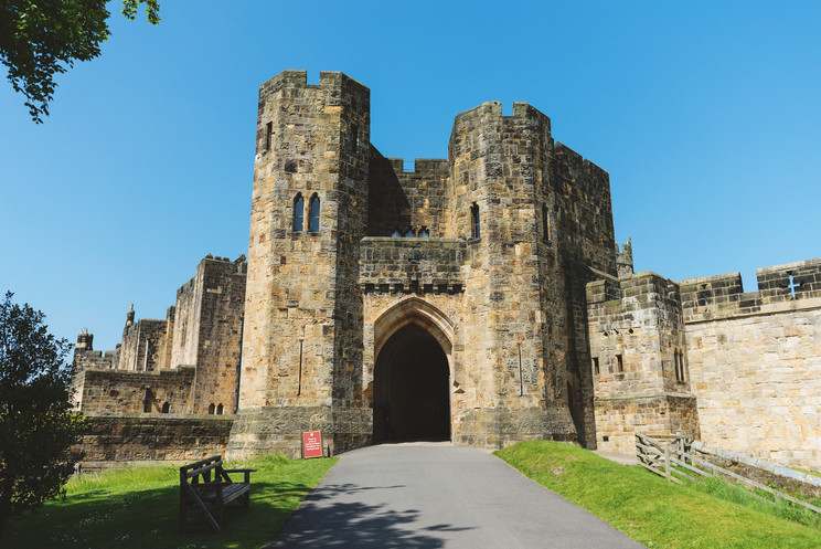Jeff + Lauren Go To The UK | Part Five | Alnwick + Bamburgh Castle