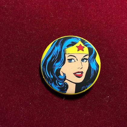 Botón Wonder Woman