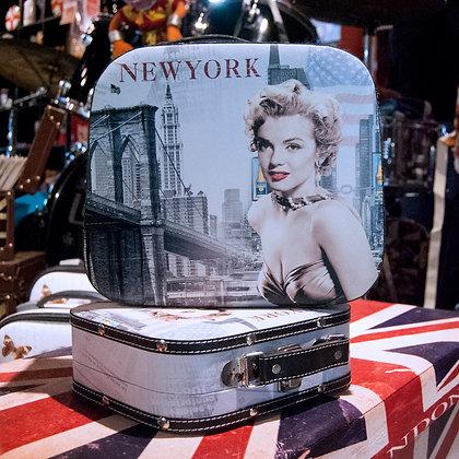 Marilyn New York Grande
