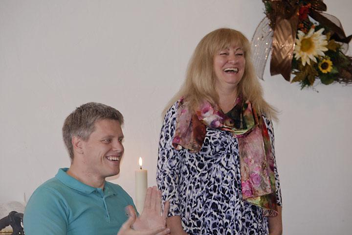 2337 Oleg Mom Laughing