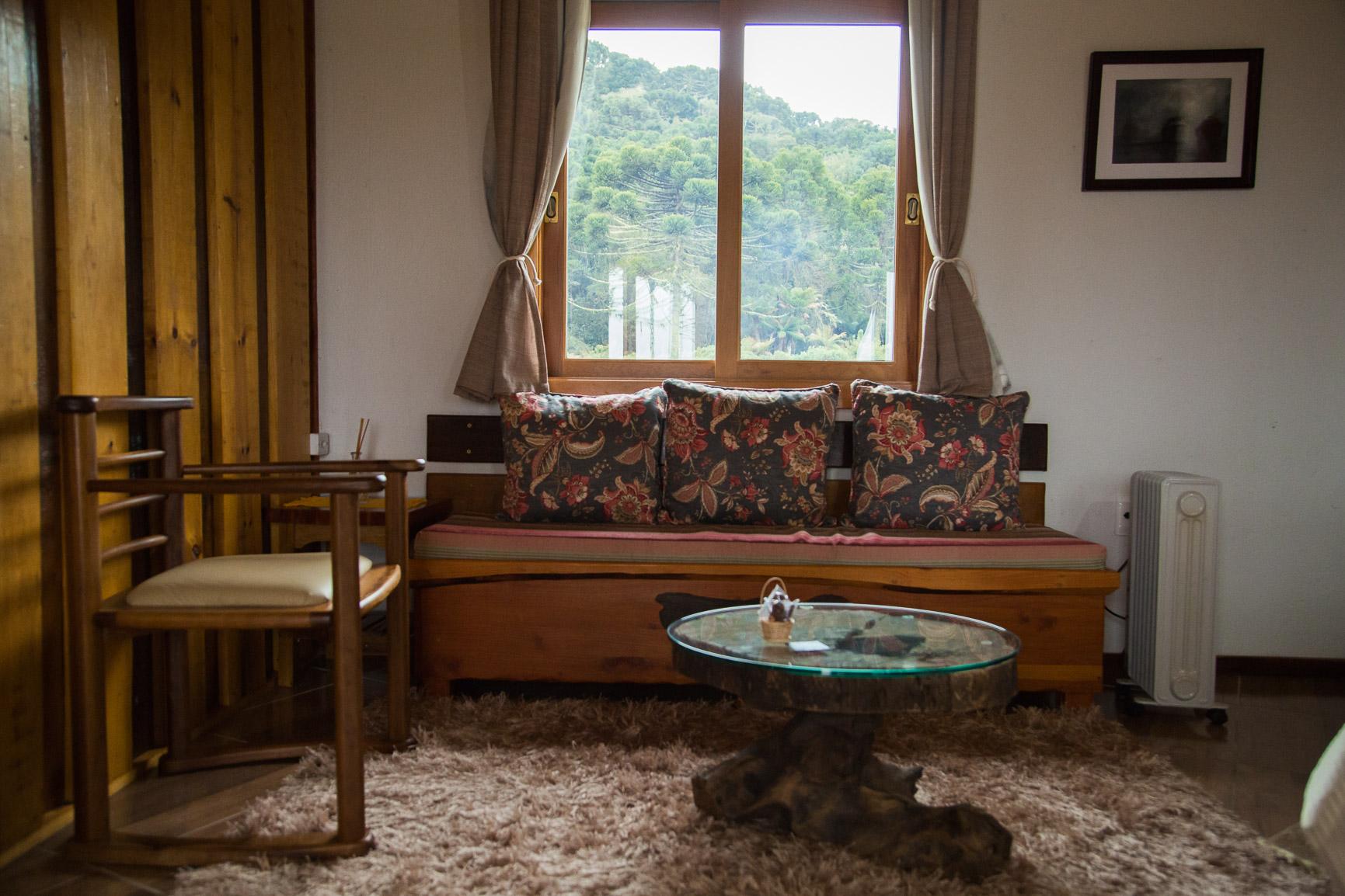 Sala de estar com quarto