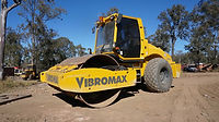 Vibromax VM166D used self propelled smooth drum