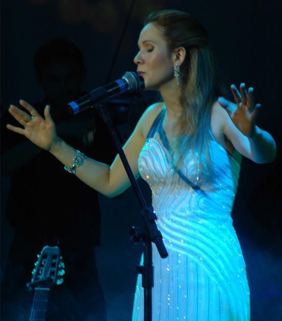 cantora vera lúcia