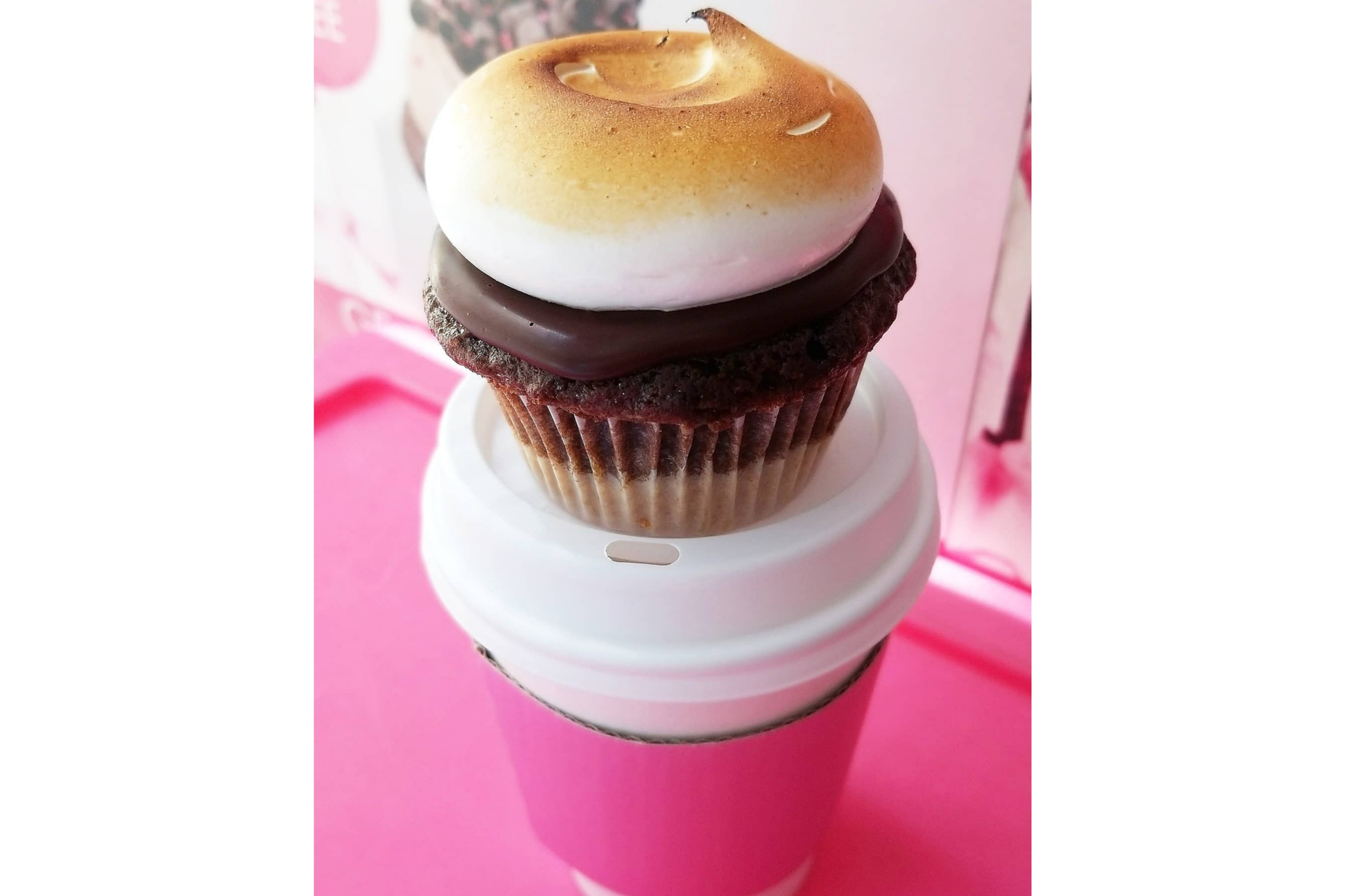 50 Cupcakes w/Beverages-Truck Booking