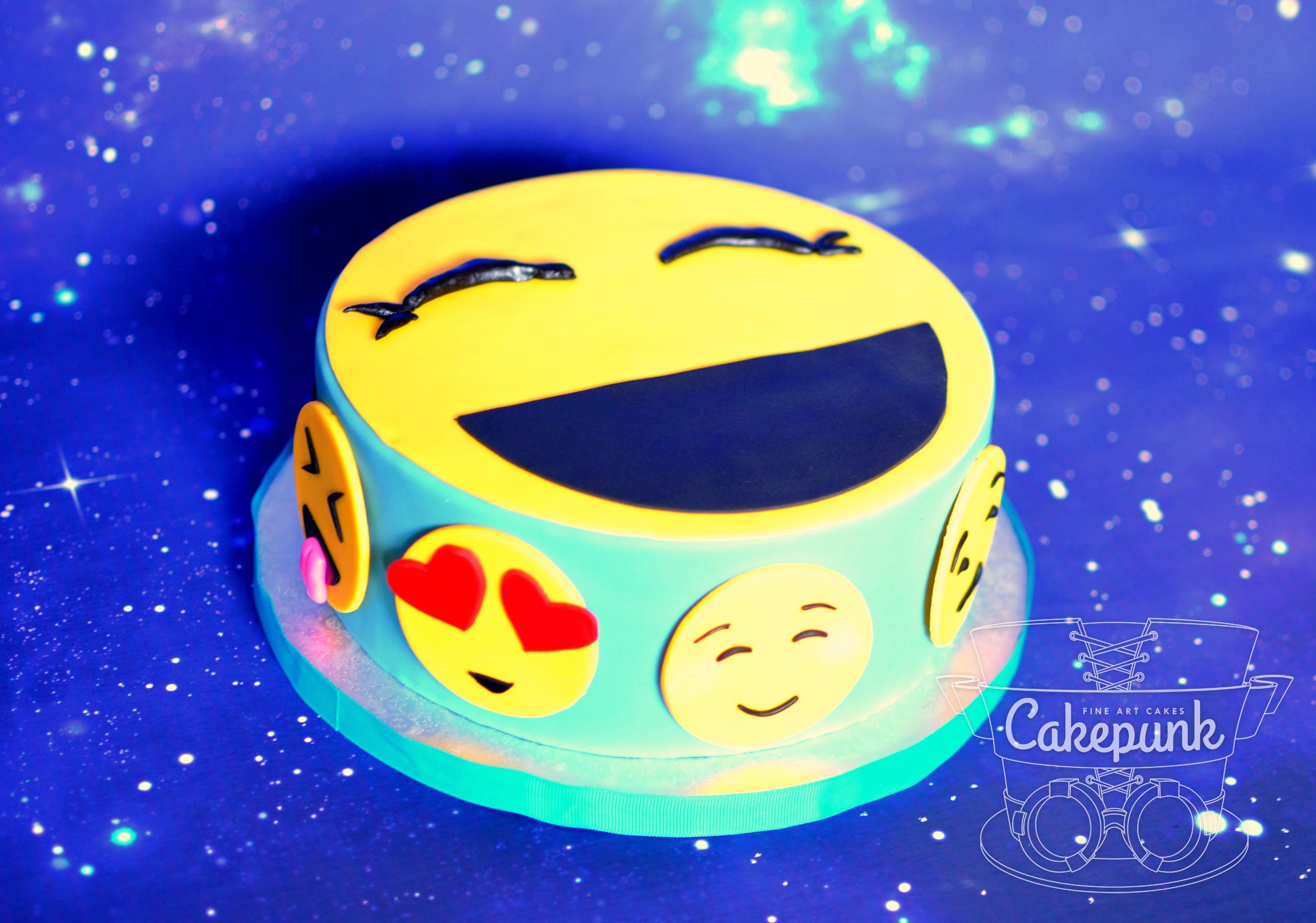 Hannah's Emoji Cake