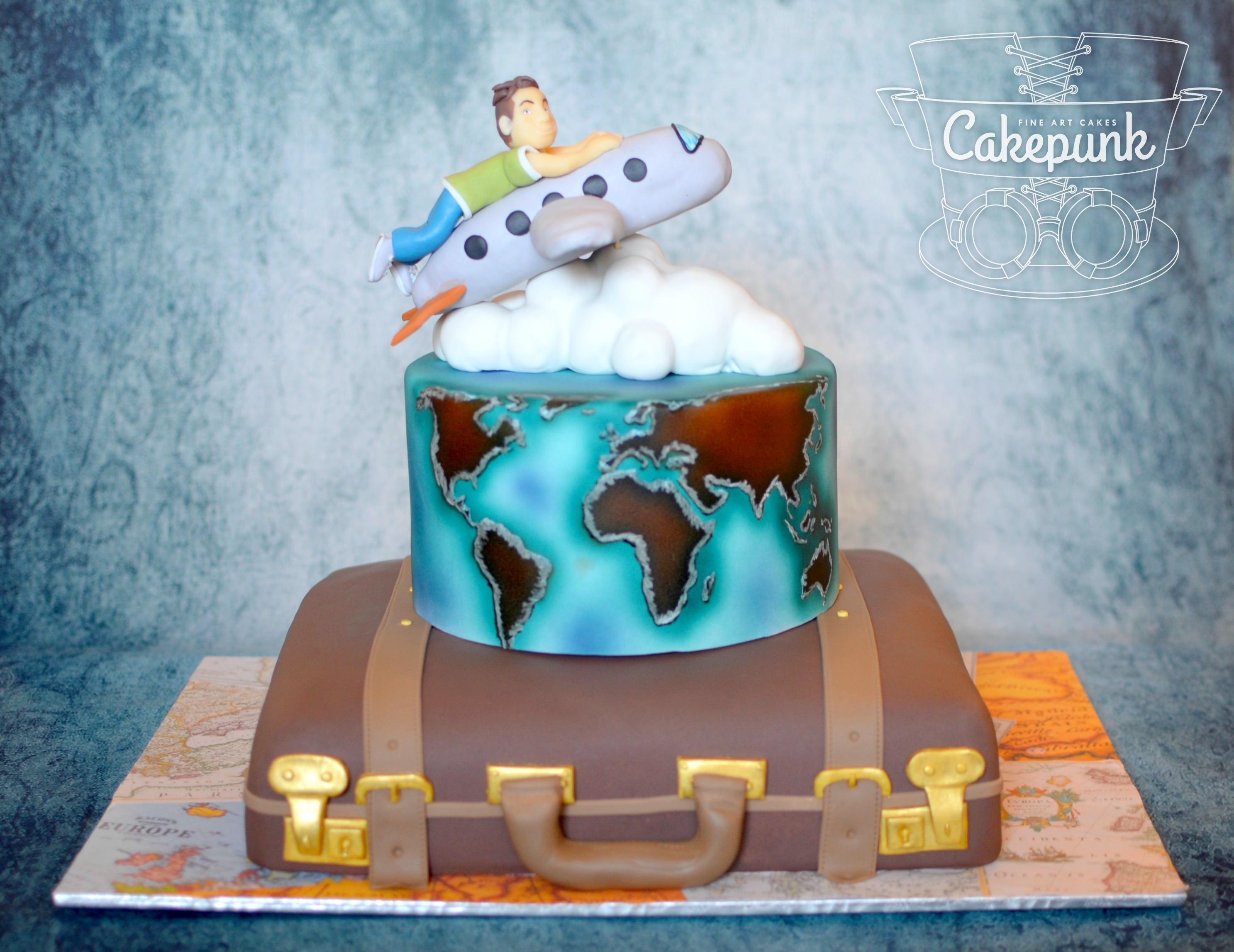 Graduation Travel Cake