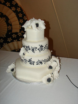 Holly's Wedding Cake