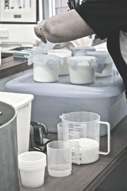 Молоко без примесей и бактерий