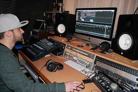DJ King Delay Magazin Interview klein.jp