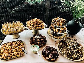 Feetzaal Saksenboom - Buffet huisbereide kleine zoete zonden