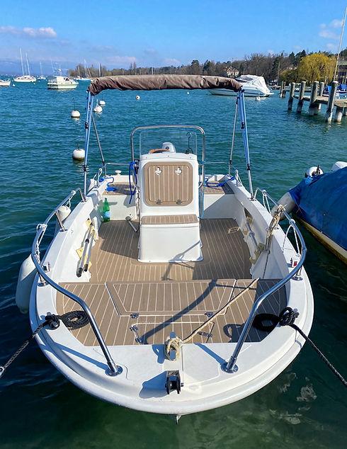 bateau-ecole-permis-moteur-suisse-leman.jpg