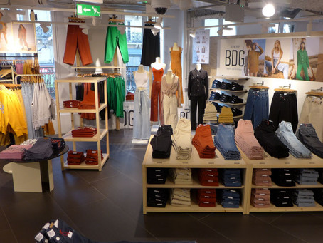 Grandes marcas estão lançando serviços de aluguel de roupas