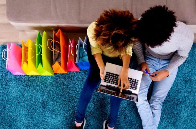 Online prepara-se para superar lojas físicas