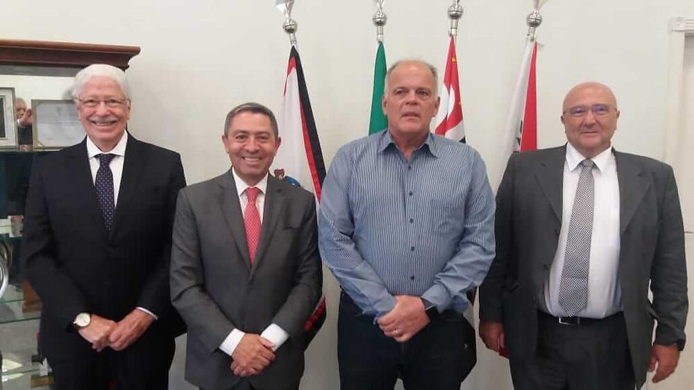Sindivestuário e Sinditêxtil se reúnem com Secretário de Segurança de SP