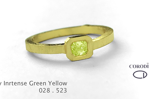 Fancy Intense Greenesh Yellow 0,28 Natural Fancy Diamond