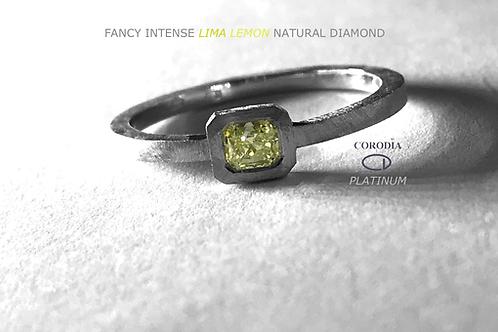 Fancy Intense Greenesh Yellow 0,27 Natural Fancy Diamond