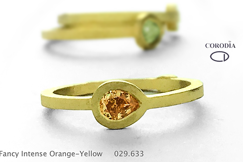 Fancy Intense Orangy Yellow 0,29 ct Natural Fancy Diamond