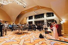 女性バイオリニスト佐原敦子様に生演奏をしていただきましていただきました