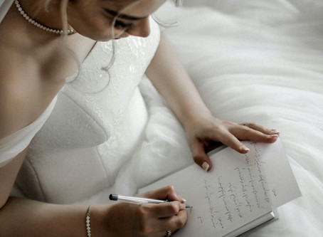 6 Helpful Tips for Writing Your Wedding Vows