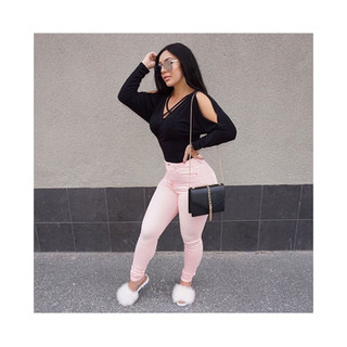Casual and cute in CREME furrys.  @loulabellee