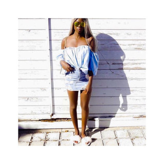Summer frills on summer days featuirng the Nude furrys. @Beyelle