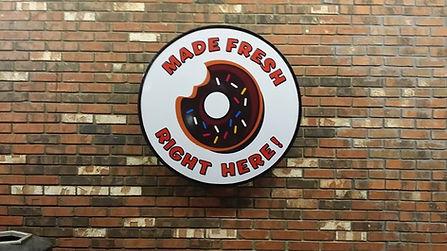 munster_donut_sign.jpg