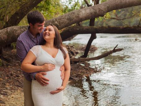 River Maternity Shoot