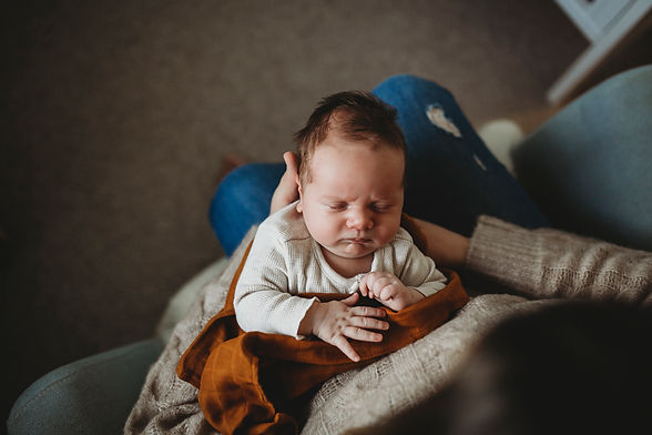 Charmaine Brown Newborn (105).jpg