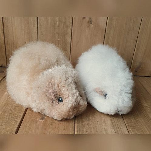 100% Alpaca Wool Guinea Pig Ornament