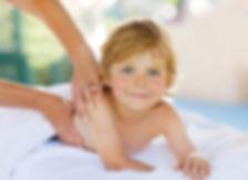 Massage_enfant_3_modifié.jpg