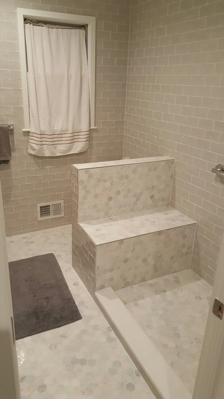 Seated shower stall