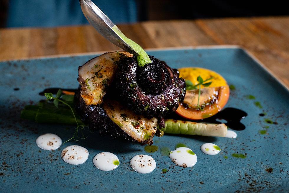 Frisch Oktopus. lateinamerikanische fusion küche in berlin. kreativ essen. kreativ küche
