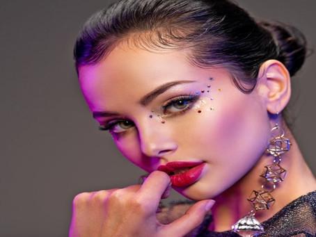 Κάνε το μακιγιάζ σου πιο εκθαμβωτικό από ποτέ