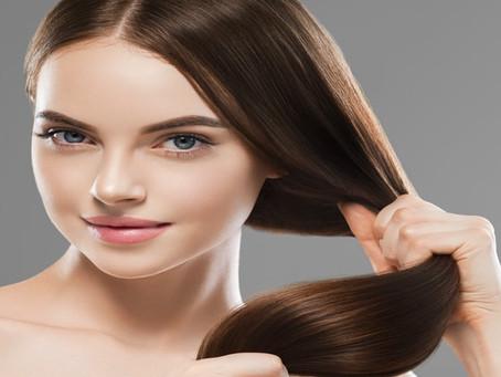 Περιποίηση μαλλιών: Τα μυστικά για υγιή και λαμπερά μαλλιά