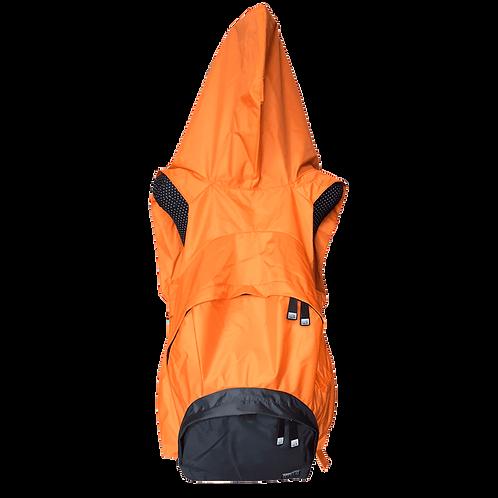 Mochila com capuz - laranja - capuz interno e bolso externo cinza escuro