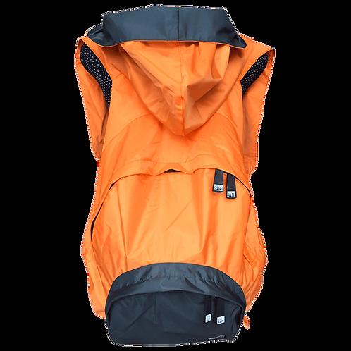 Mochila laranja - capuz interno e bolso externo cinza escuro