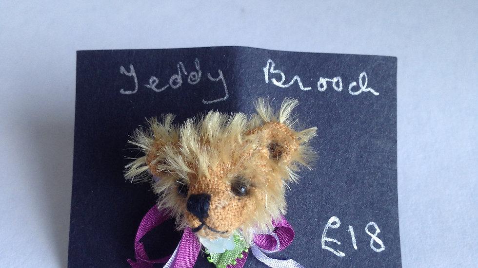 Handmade teddy brooch