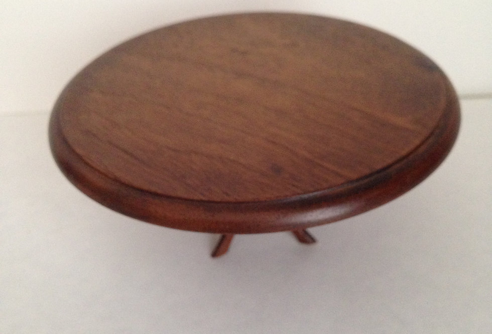 Dark Wooden Round Table
