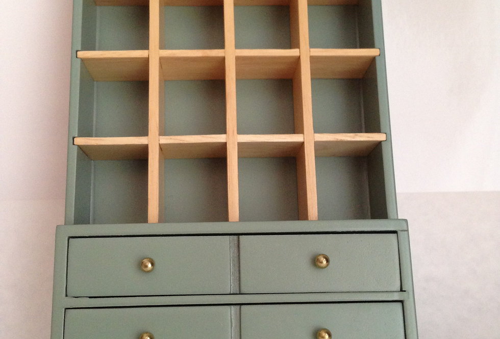 Green / Cream Display Cabinet