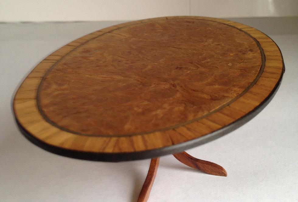 Oval Dining Table (Medium)
