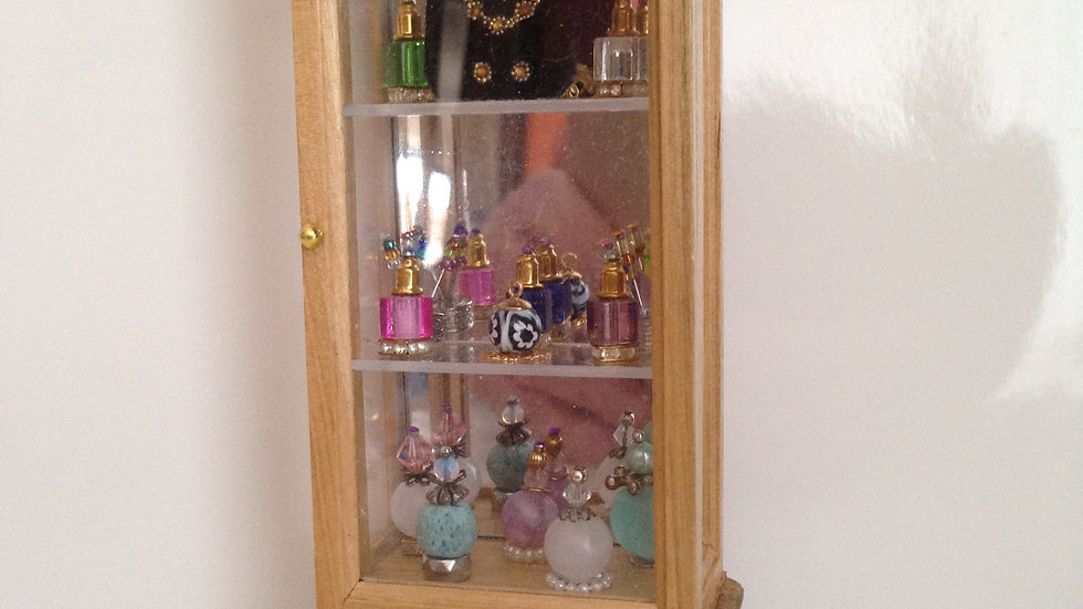 1/12th scale dolls house miniature