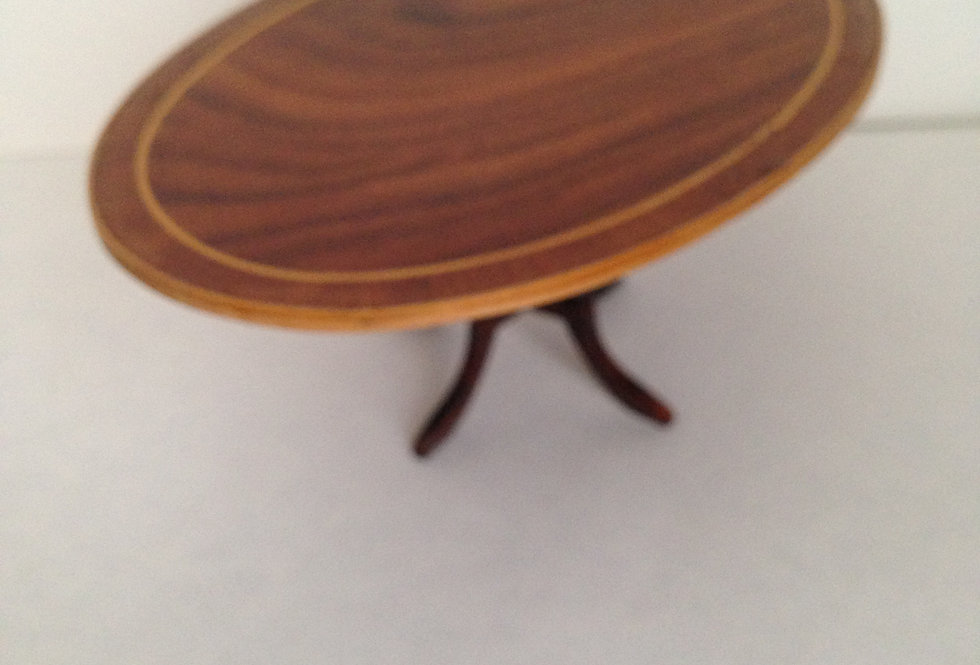 Two Tone Oval Wooden Inlaid (Edge) Table