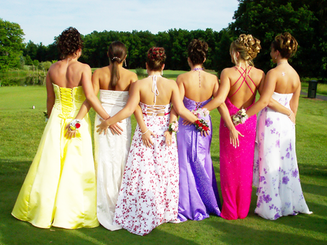 Spring Time, Prom Time: How to survive prom-dress shopping